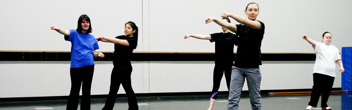 Dance Ability dancers in hip hop class